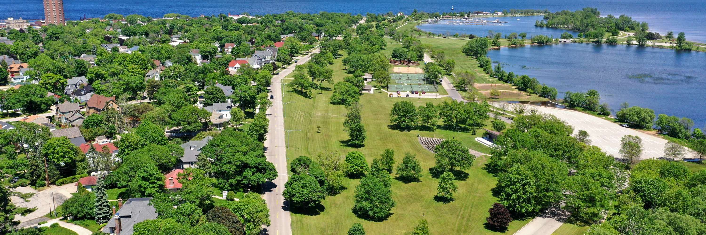 aerial view of escanaba area - cloudy day