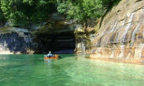 A Beginner's Guide to Michigan Kayaking