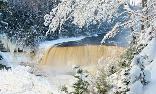 Wonderful Locations for Winter Camping in Michigan