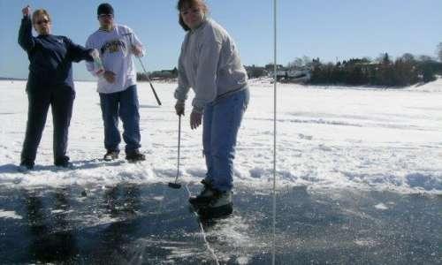 Ice golfing chip
