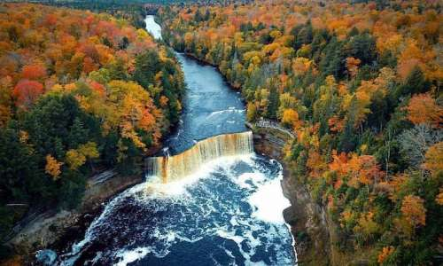 States Parks to Visit This Season to see Breathtaking Fall Foliage