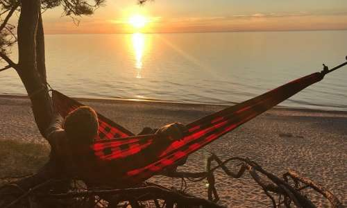 10 Relaxing Places to Hammock in Michigan