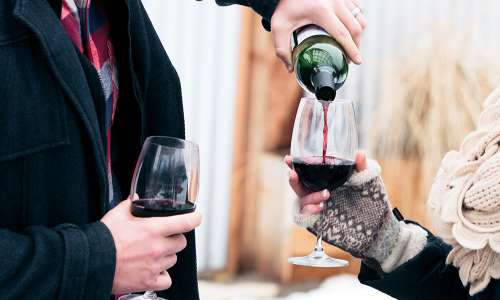 5 Reasons to Love Michigan Wine in Winter Time