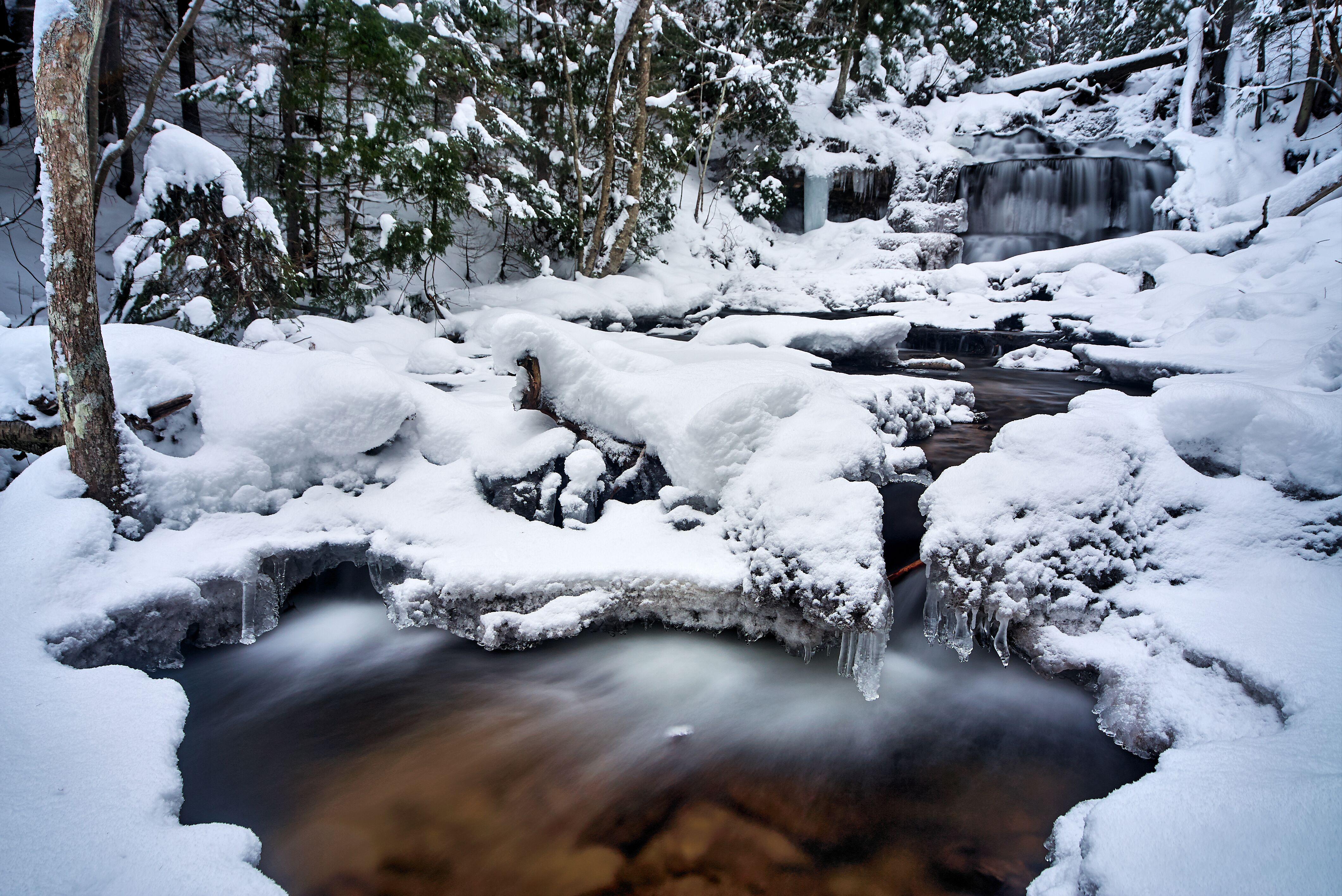 5 Family Friendly Winter Adventures In Munising Michigan