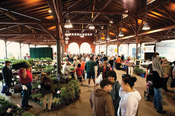 10 Things to Do at Eastern Market in Detroit | Michigan