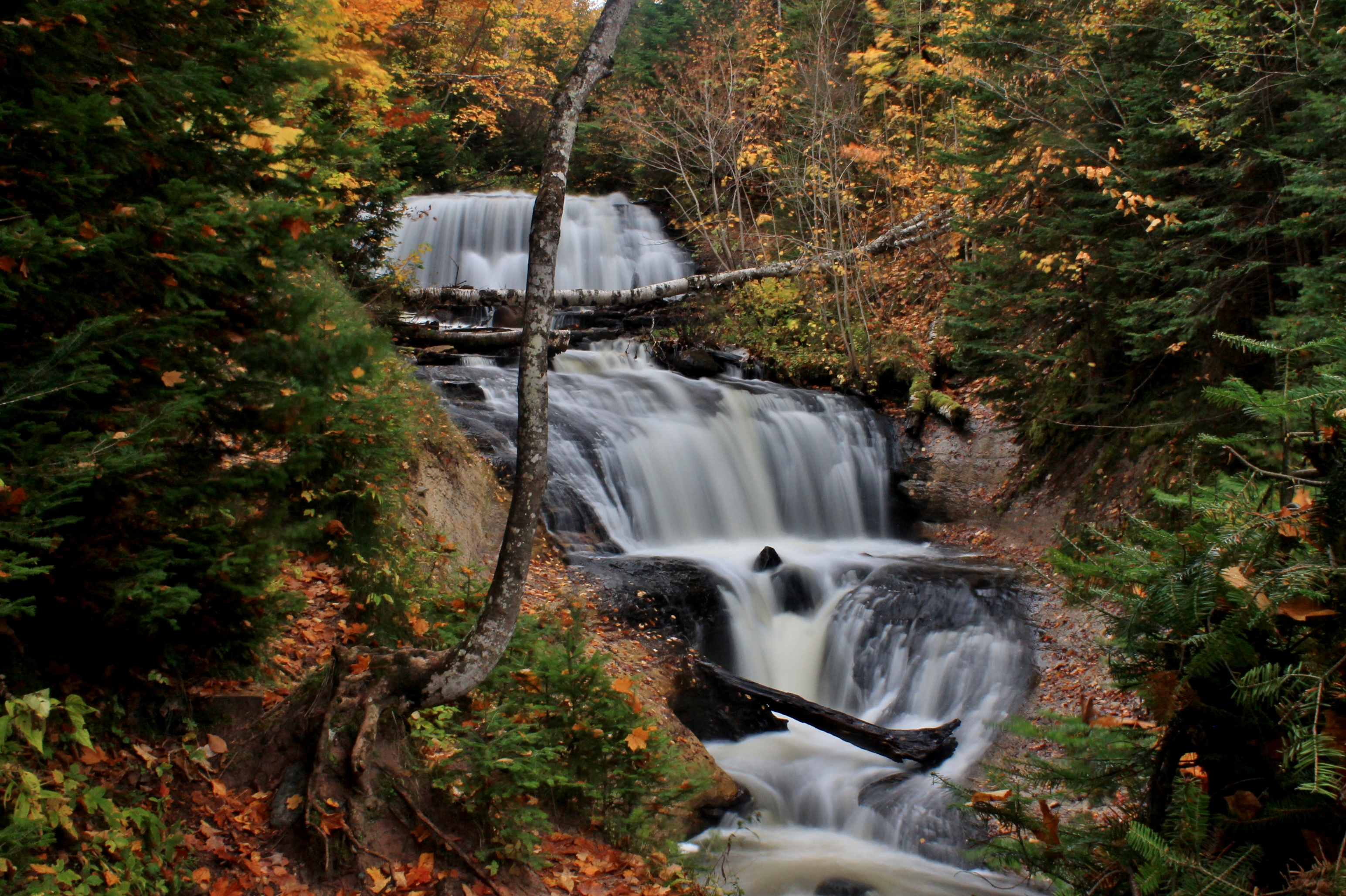Bond Falls Michigan Map.A List Of Enchanting Michigan Waterfalls To Visit Year Round Michigan