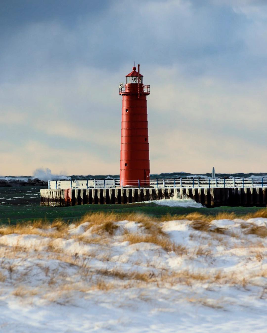 Beautiful Lighthouses In Michigan Worth A Visit