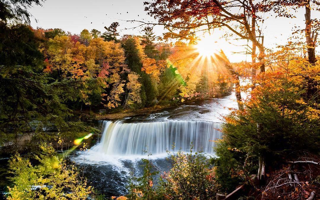 michigan falls waterfalls tahquamenon places visit fall autumn enchanting round instagrammer courtesy