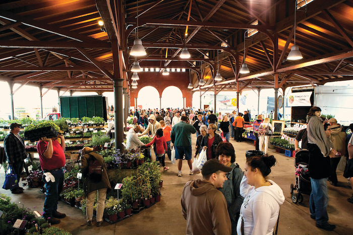 Local Selling Sites >> Check Out These Awesome Michigan Farmers Markets | Michigan
