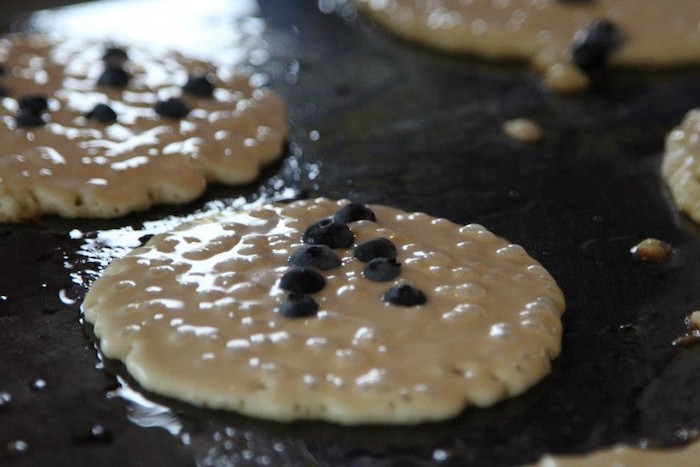 Make blueberry pancakes from delicious ingredients from the Blueberry Store