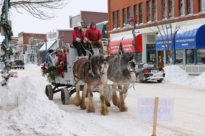 Christmas carriage ride through downtown Sault Ste. Marie