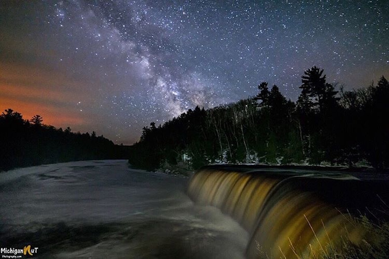 The Most Stellar Places for Stargazing in Michigan | Michigan