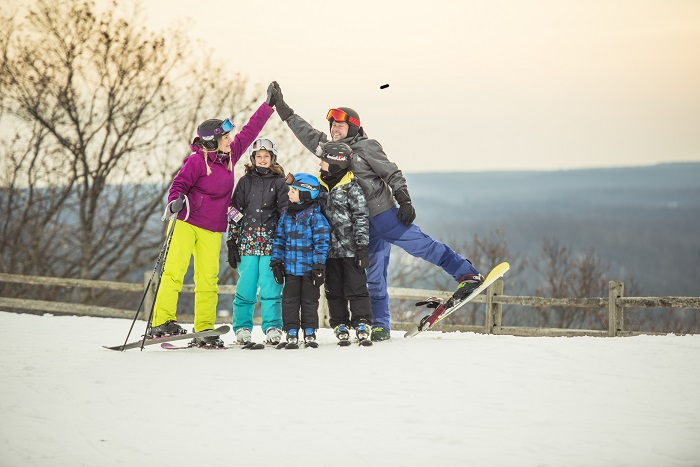 skiing-traverse-city.jpg