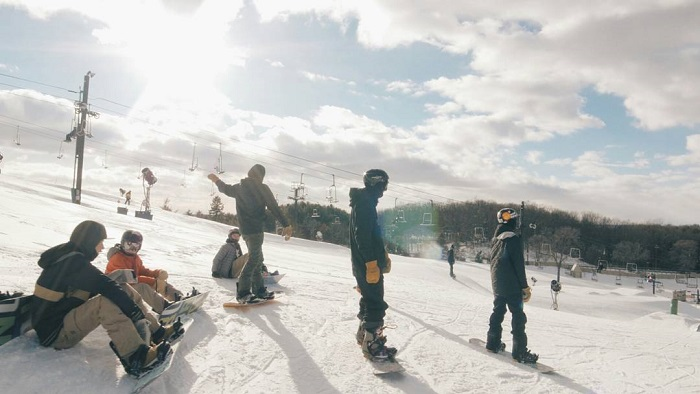 10 Michigan Snowboarding Facts To Know Before You Hit The Slopes Michigan