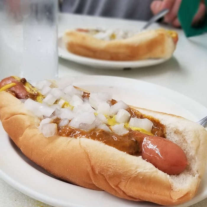 Lafayette Coney Dog in Detroit by Yohnnyflynn
