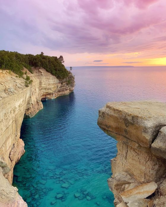 Cliffs on Lake Superior at Pictured Rocks National Lakeshore